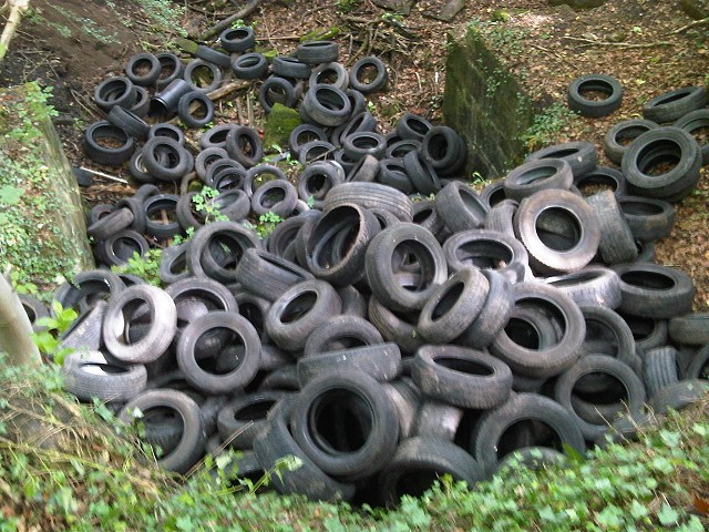 Tyres dumped at Mellor Mill