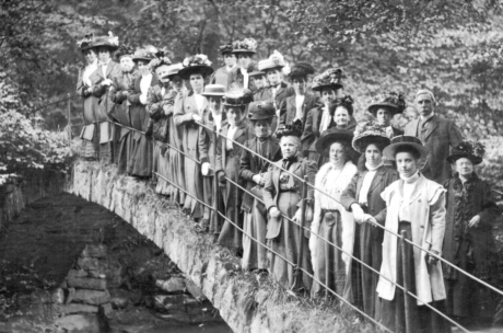 Edwardian Ladies test load the Roman Bridge